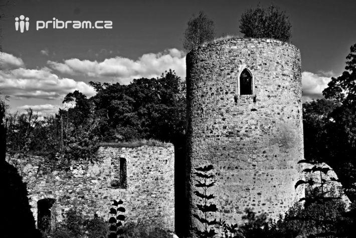 Zříceninu hradu Valdek jsme zmínili již v …