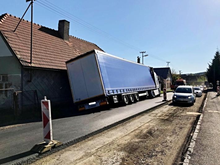 Silnice č. 18 a 19 mezi Plzní a Příbramí se v …