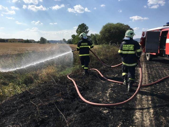 Kvůli horku a suchu Česko trápí desítky požárů …