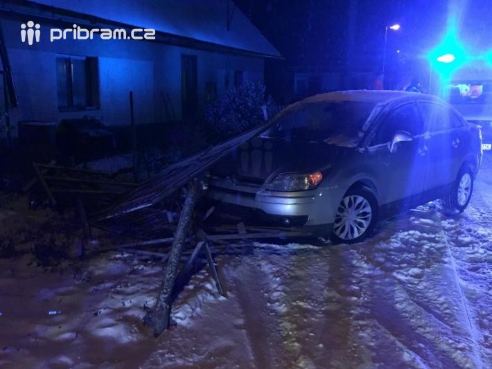 Dopravní nehoda osobního vozidla - Bohutín. …