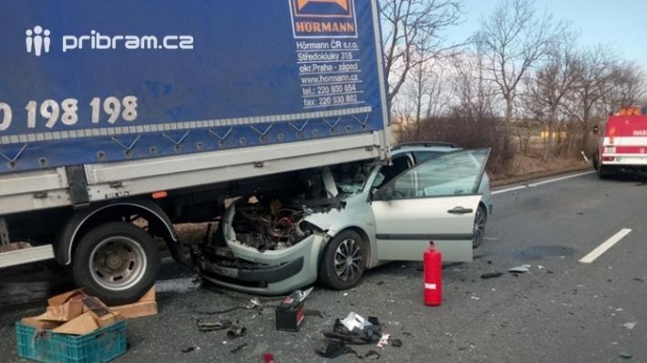 19. Hromadná dopravní nehoda se zraněním …