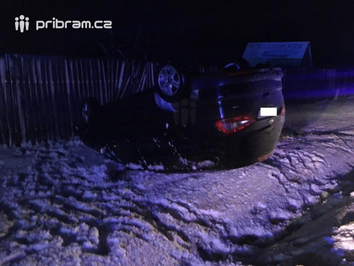 Dopravní nehoda osobního vozidla značky Ford …