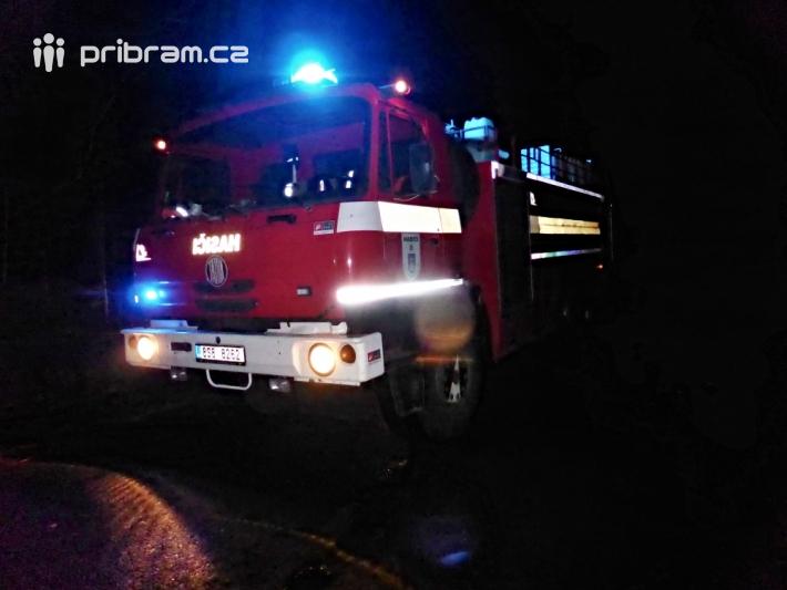 Před půlnocí evidovali hasiči přes devadesát …