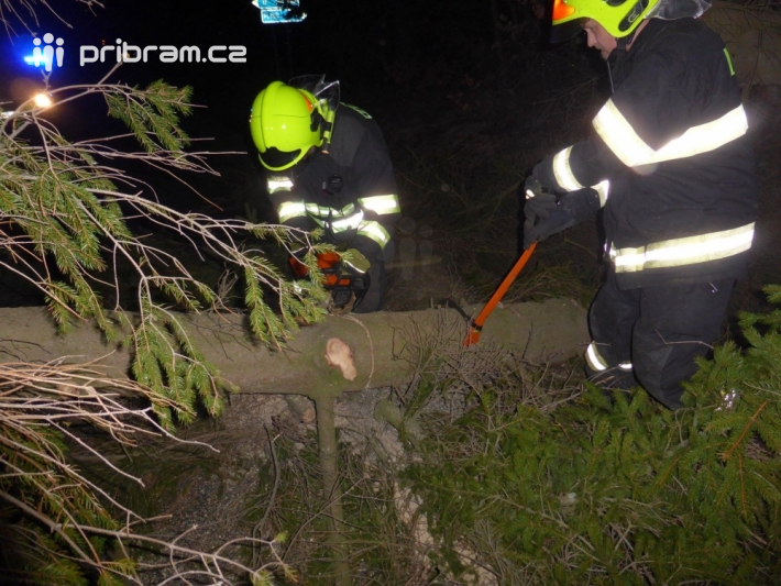 Středočeští hasiči v souvislosti s platnou …