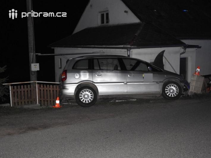 Dopravní nehoda se zraněním povolala záchranné …