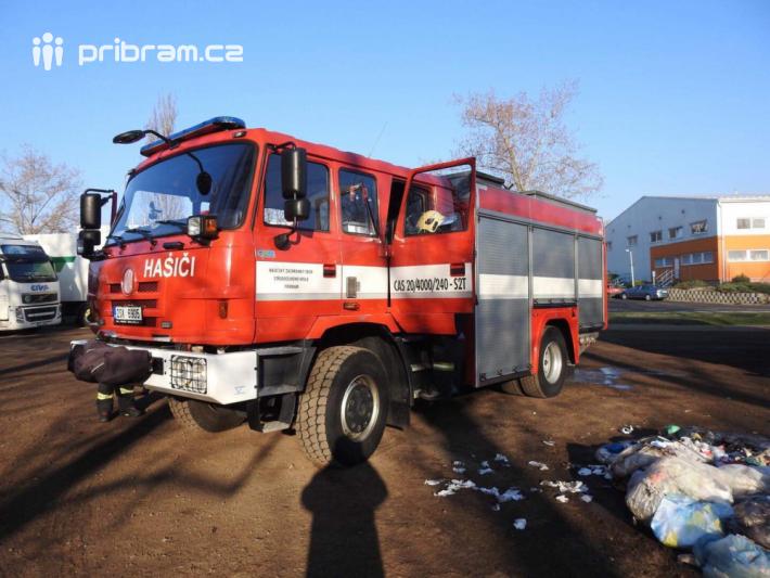 Jednotka profesionálních hasičů momentálně …