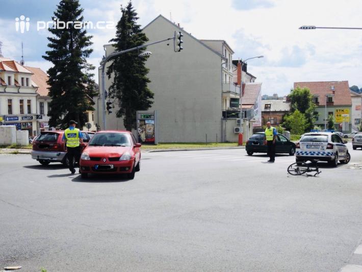 U dopravní nehody na výjezdu z Jinecké ulice …