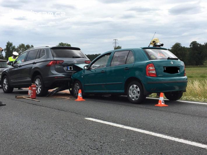 Policisté momentálně uzavřeli silnici I/4 u …