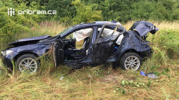 U vážné dopravní nehody momentálně zasahují …