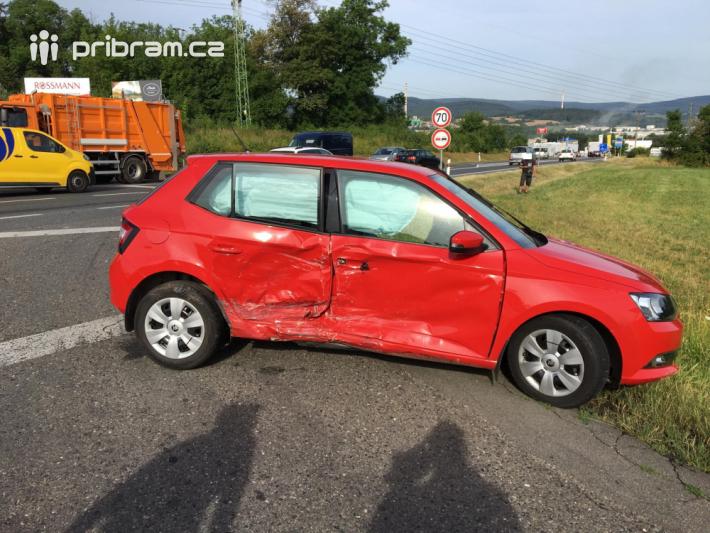 Ranní provoz omezuje dopravní nehoda na …