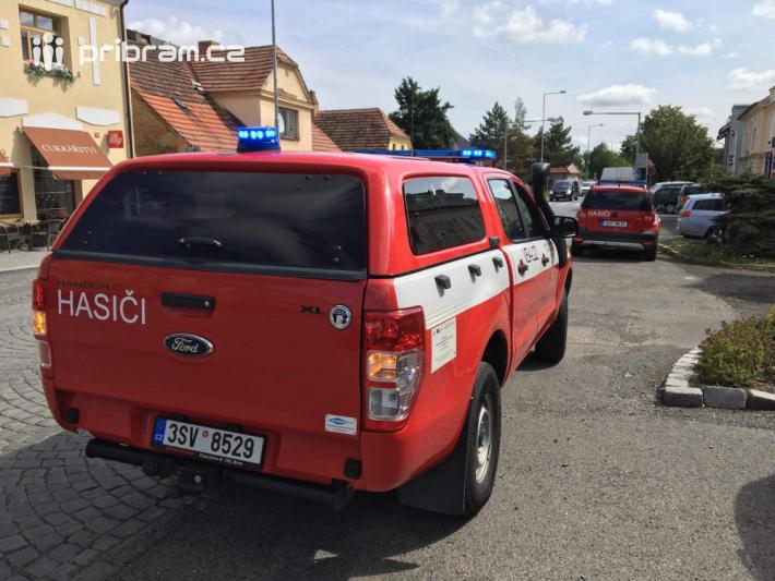 Profesionální hasiči z Dobříše zasahují u …