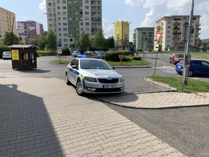 Dne 31. srpna vyjížděli policisté ve večerních …