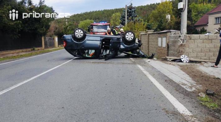 Dopravní komplikace způsobila vneděli po …