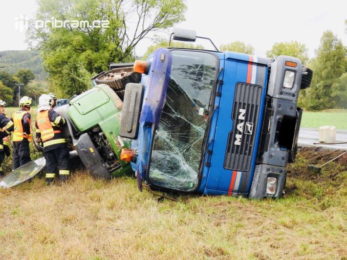 Dopravní nehoda nákladního vozidla se odehrála …