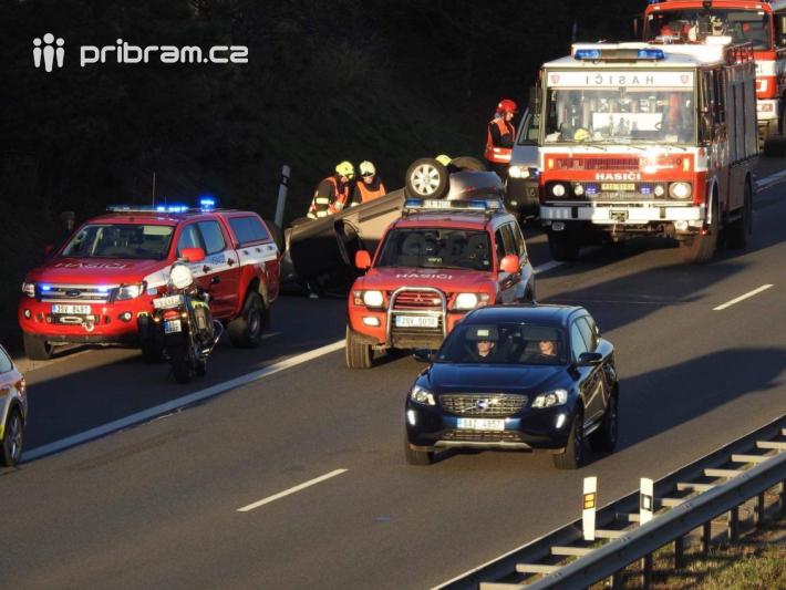 Vážná dopravní nehoda uzavřela v sobotu …