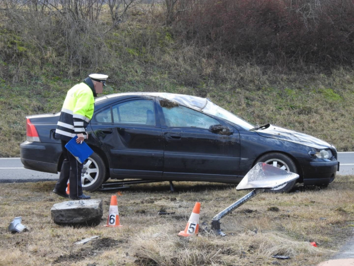 Dopravní nehodu osobního vozidla značky Volvo …