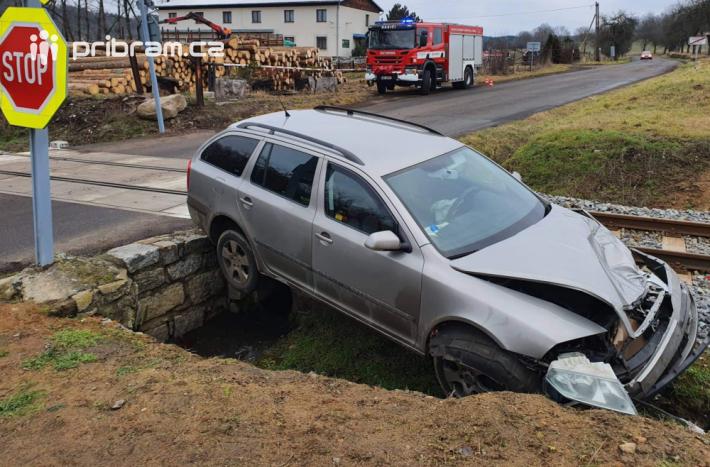 Nehoda se stala kolem 06:45. Řidič na …