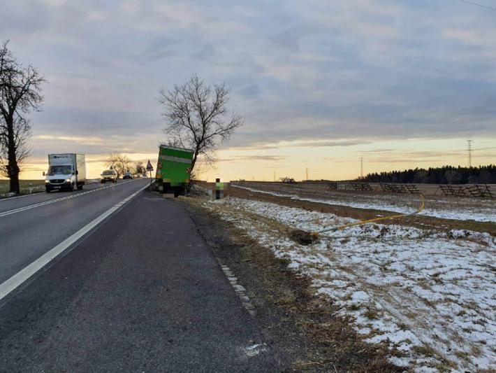 Řidiči by měli ve čtvrtek jezdit opatrně, led …