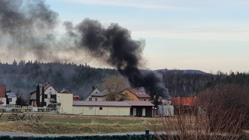 Tísňová linka hasičů přijala vpondělí po …