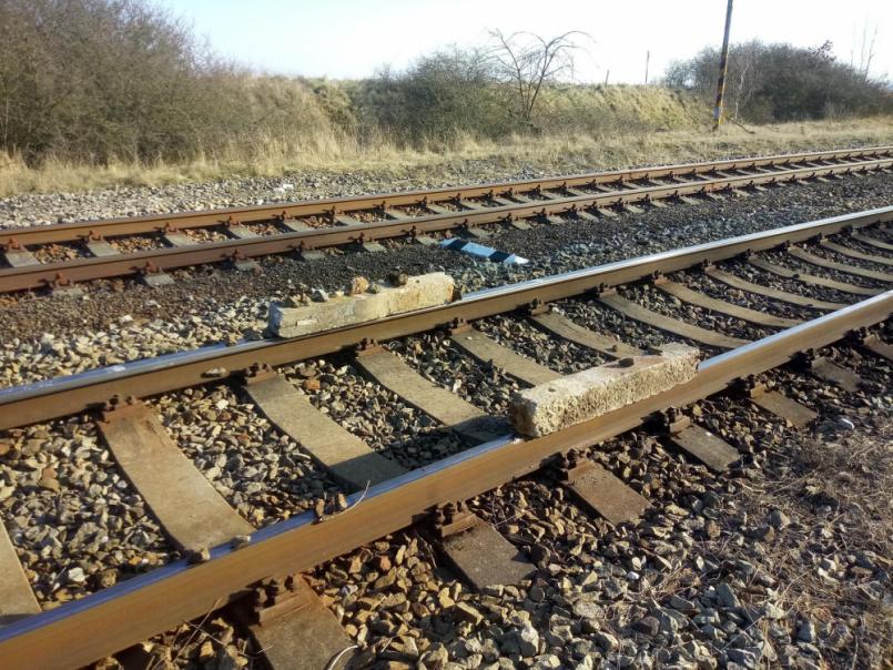 Vúterý po 16. hodině došlo na železniční …