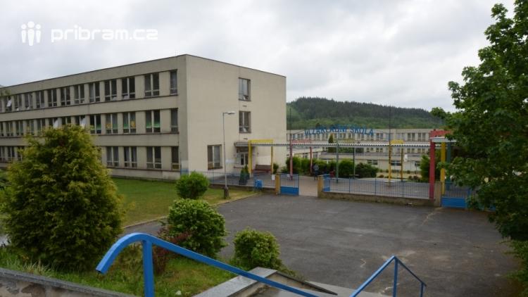 ZŠ Školní čeká na nového ředitele