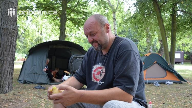 Po letech si na Nový rybník našli cestu také milovníci dovolených v kempu