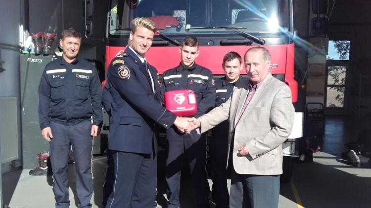Profesionální hasiči ze Sedlčan mohou zachránit život při náhlé srdeční příhodě
