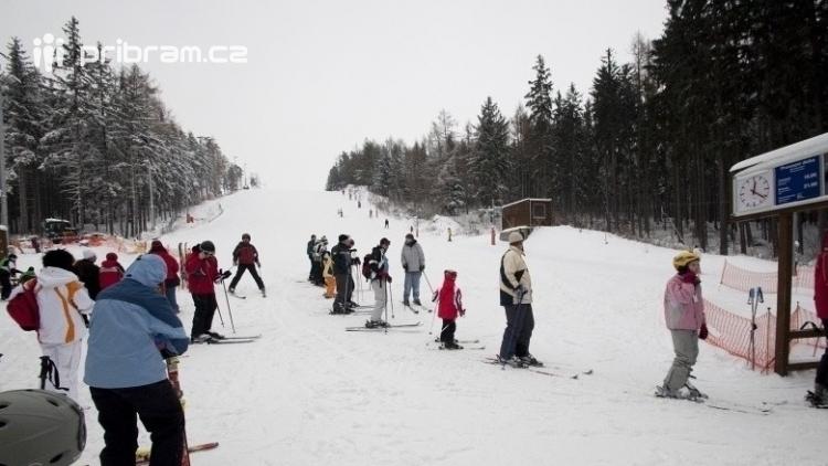 Vedení Příbrami je skeptické k případnému lyžování na Padáku