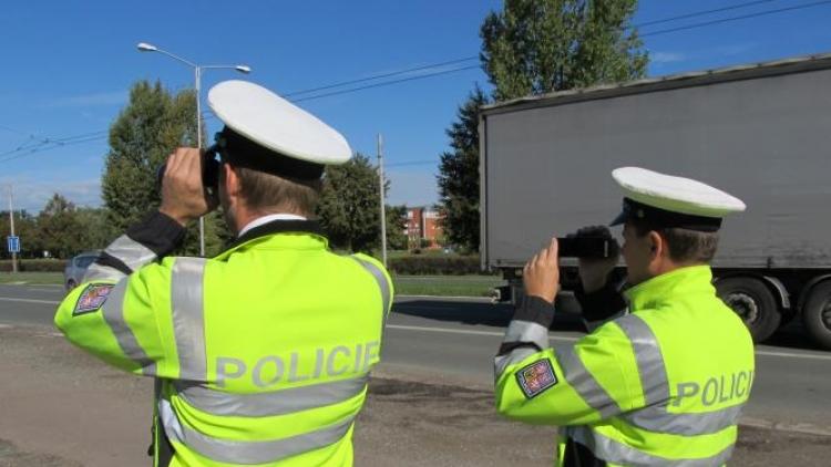 Rozhodovat, kde bude policie měřit, můžete už jen do konce února