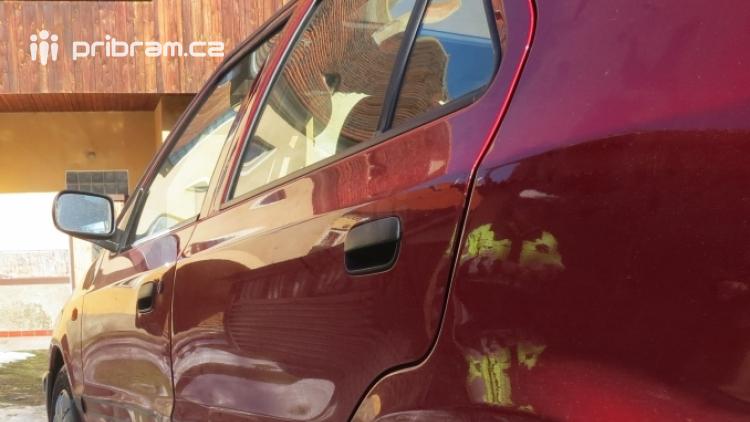 Policisté pátrají po svědcích dopravní nehody