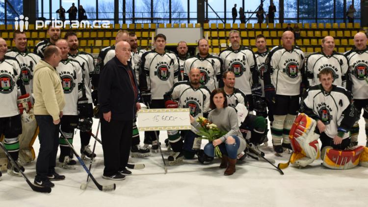 Zakončení hokejové sezóny se mimo jiných zúčastnil i legendární brankář Dominik Hašek.
