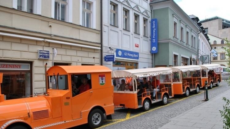 Arriva už nechce provozovat turistický vláček, město hledá nové řešení