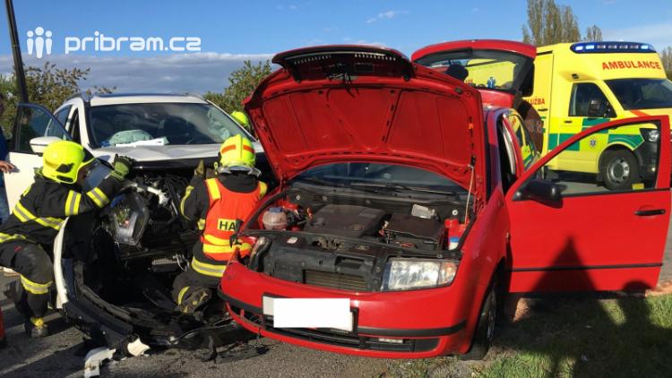 Aktuálně: U dopravní nehody zasahují záchranné složky