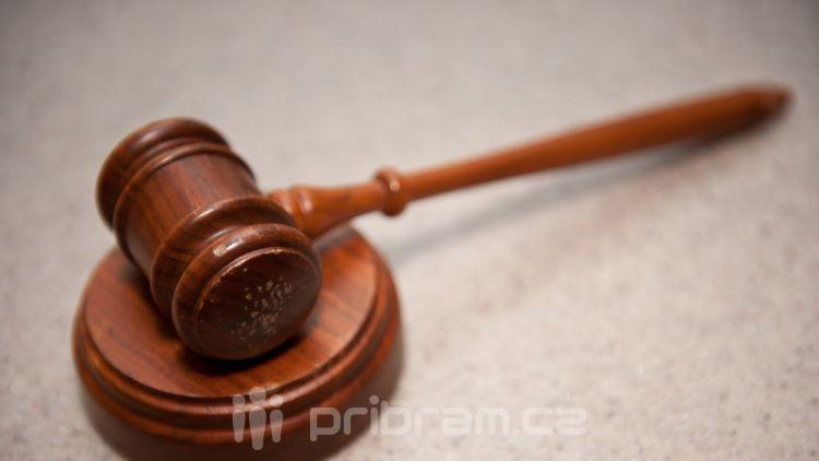 V příbramské větvi metanolové kauzy padly podmíněné tresty