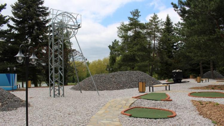 Adventure golf Nový rybník otevírá