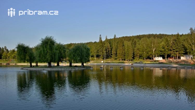 Bude vstup do areálu Nového rybníka zpoplatněn?