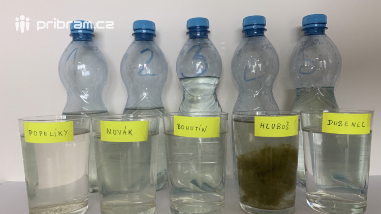 Jaká je voda v koupalištích, která nesledují hygienici?