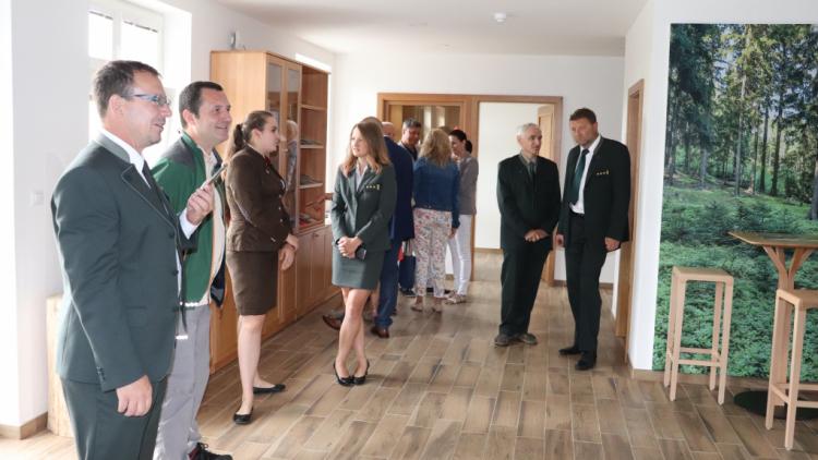 Nové informační centrum VLS v Obecnici dnes otevřelo brány návštěvníkům Brd