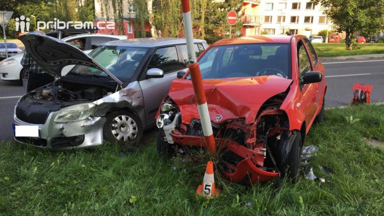 Provoz v Žežické omezila dopravní nehoda
