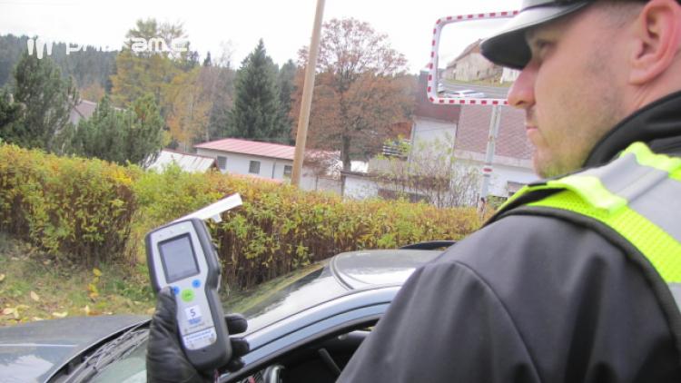 O víkendu zastavili policisté tři opilé řidiče