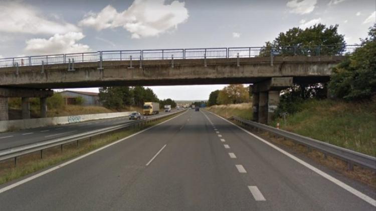 Demolice mostu u Řitky omezí provoz na Strakonické