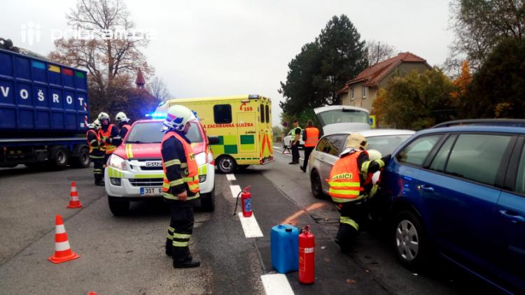 Dopravní nehoda v Chraštičkách si vyžádala zranění