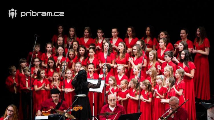 Nemocnice zve na vánoční koncert. Vystoupí pěvecký sbor CANZONETTA