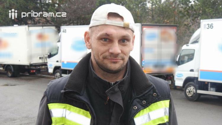 Odsouzený zachránil život muži, který skončil po pádu v bezvědomí