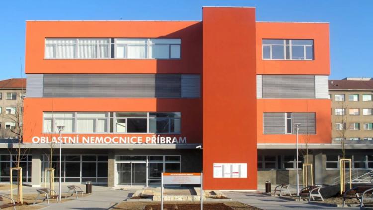 Příbramská nemocnice v souvislosti s útokem v Ostravě zvýšila dohled