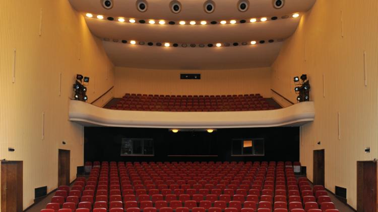 Příbramské divadlo přinese lepší požitek nedoslýchavým divákům
