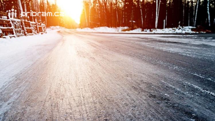 Meteorologové varují: Ledovka pokryje silnice, očekávejte komplikace v dopravě