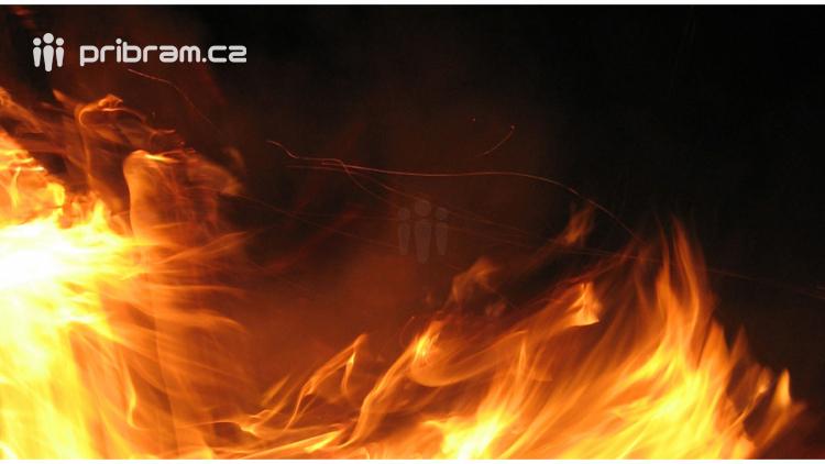 Hasiči vydali varování: Nerozdělávejte ohně ve volném prostranství, dřívější schválená pálení se ruší