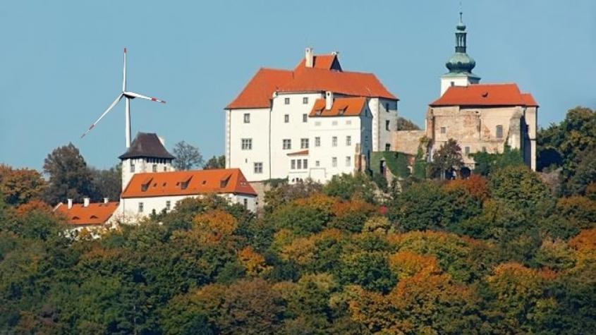 Vyrostou v blízkosti vysokochlumeckého hradu větrné elektrárny?