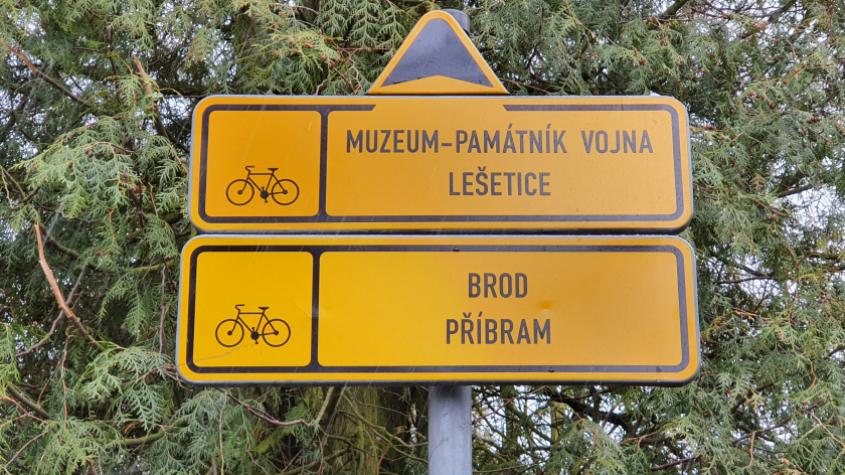 Žluté cedule nestačí. Ani cyklostezky vedoucí odnikud nikam. Stane se Příbram cykloměstem?